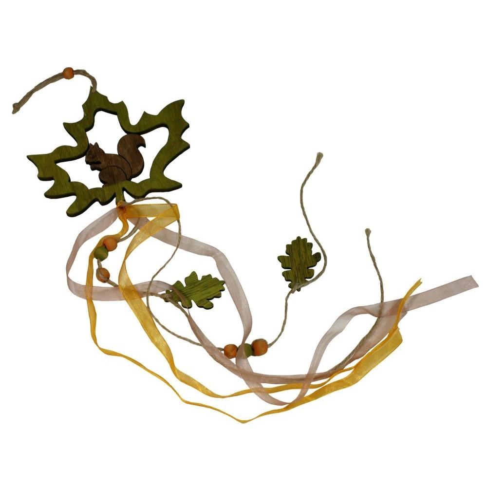 Dřevěná dekorace - girlanda veverka v listu